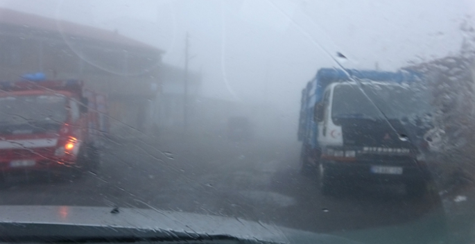 Ardahan'da yoğun sis ulaşımı olumsuz etkiliyor