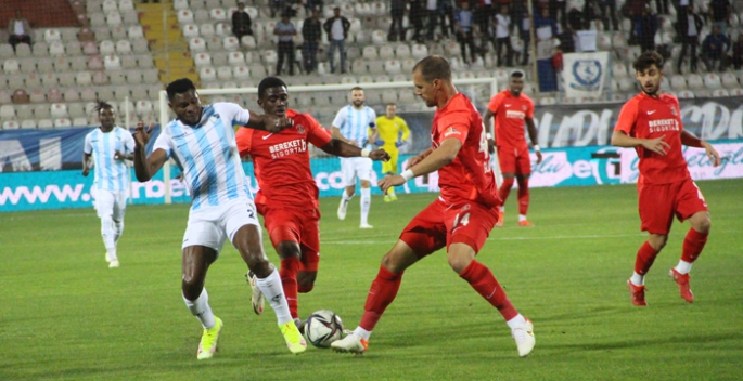 Erzurumspor, evinde direklere takıldı... 0-2