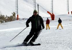 Palandöken'de mevsimin ilk kayağı yapıldı