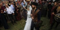 Recep Akdağ'ın oğlu  'Kayı düğünü' ile evlendi!