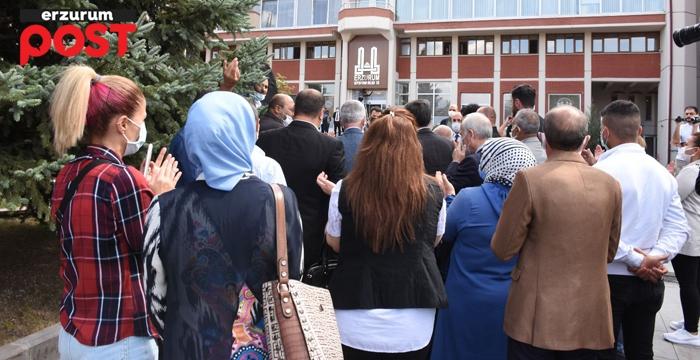 İYİ PARTİ'DEN SEKMEN'E SUÇ DUYURUSU